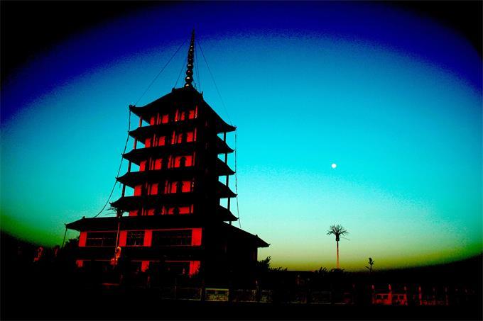 现为国家3a级景区的南山旅游风景区,是1997由吉林省同泰